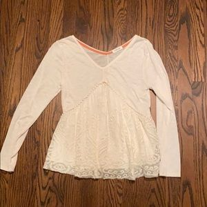 Taylor & Sage long-sleeve flowy lace top